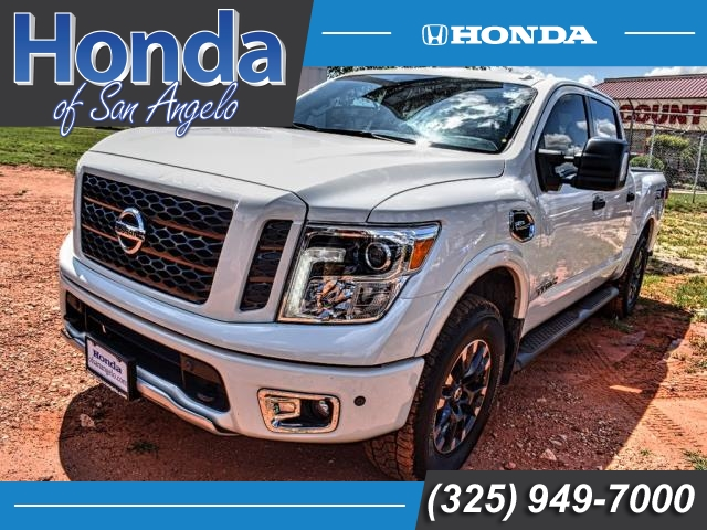 Pre-Owned 2017 Nissan Titan 4x4 Crew Cab PRO-4X